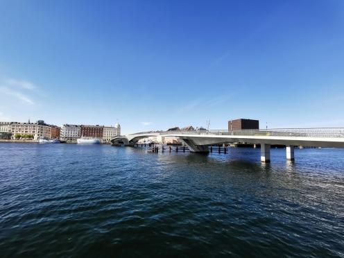 Inderhavsbroen